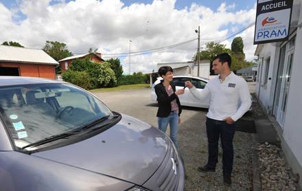 La PRAM reçoit les clés d'un véhicule donné par un particulier